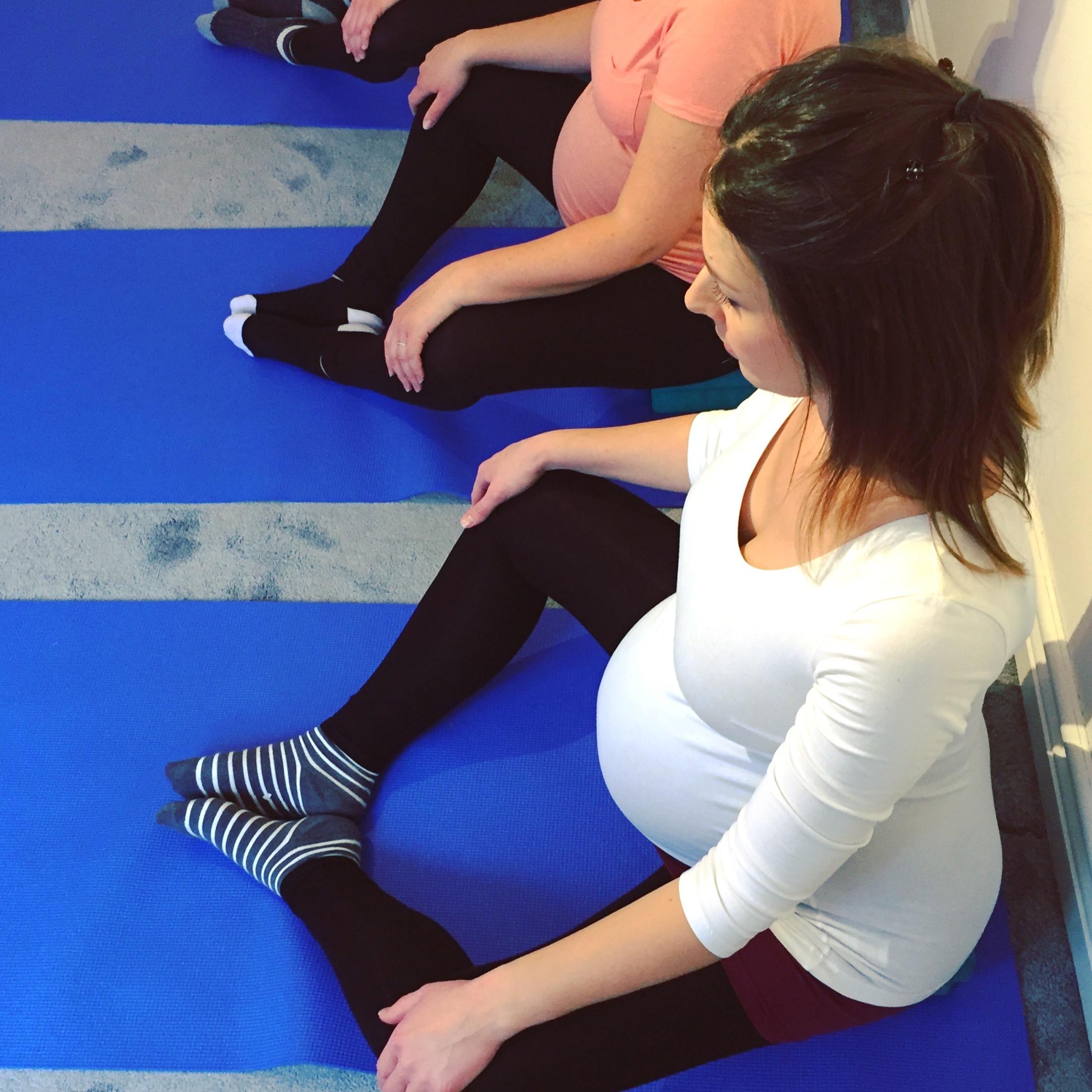 Mama2shape Prenatal Yoga